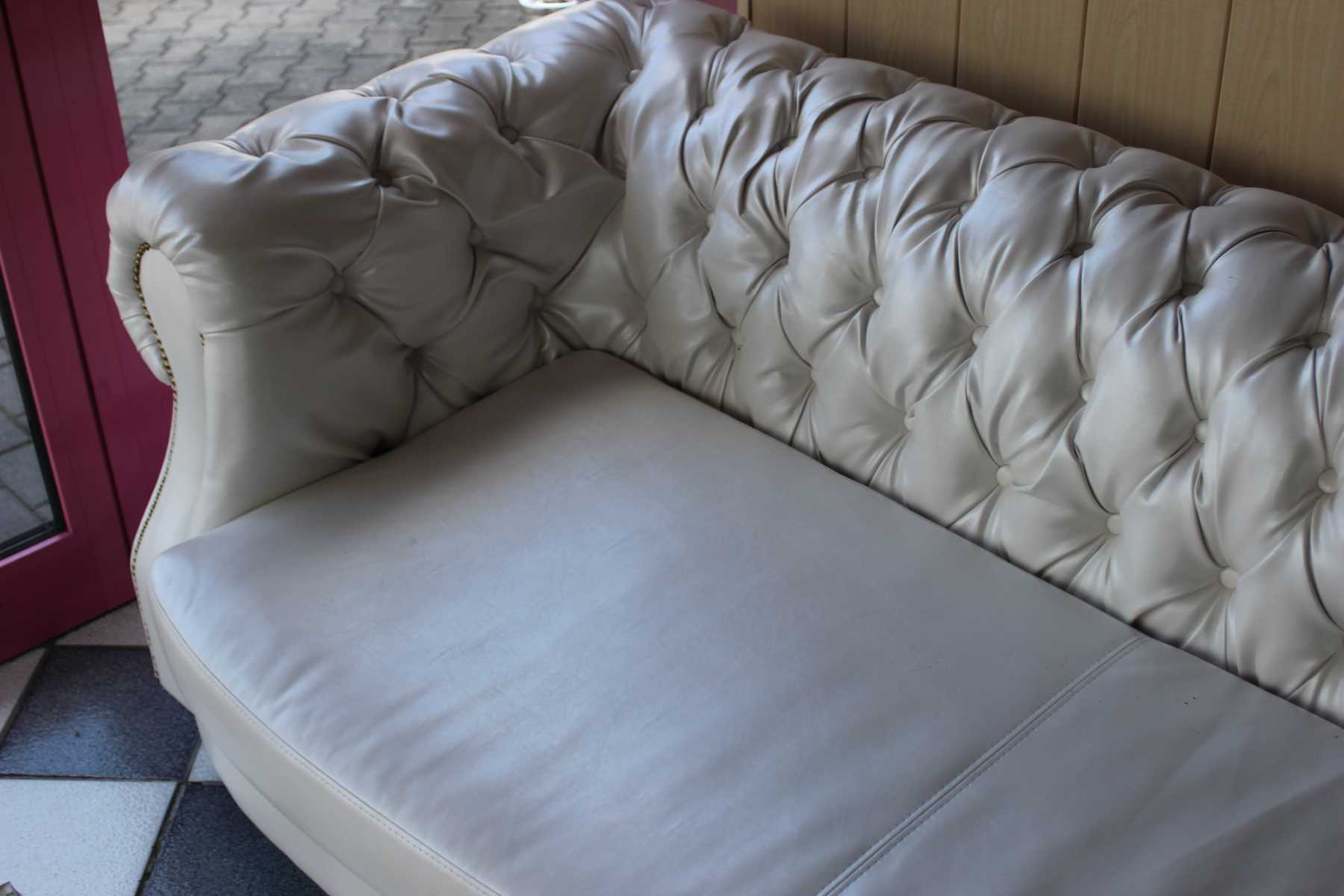 chesterfield sofas und ledersofas charly designersofa bei jv m bel. Black Bedroom Furniture Sets. Home Design Ideas